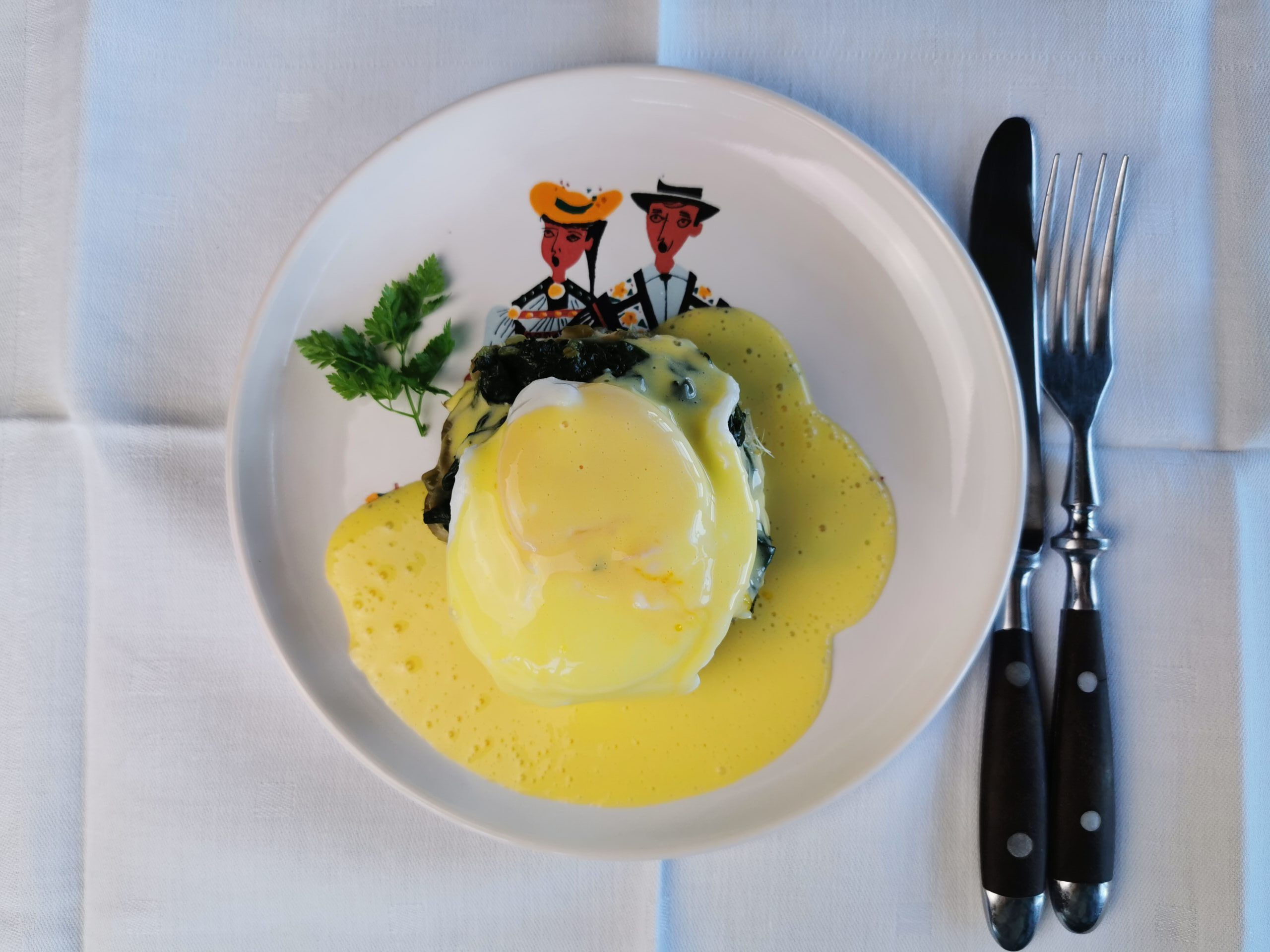 Oeuf Mollet Bernaise mit Spinat